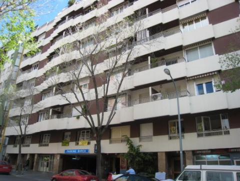 Fachada - Parking en alquiler en calle Emerita Augusta, Les corts en Barcelona - 31477661