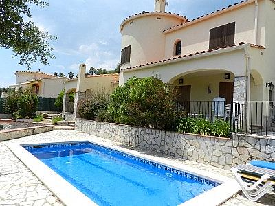 Villa en alquiler en Calonge - 324901440