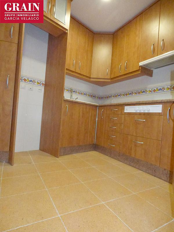 Apartamento en venta en calle Santiago Rusiñol, San Pablo en Albacete - 251937471