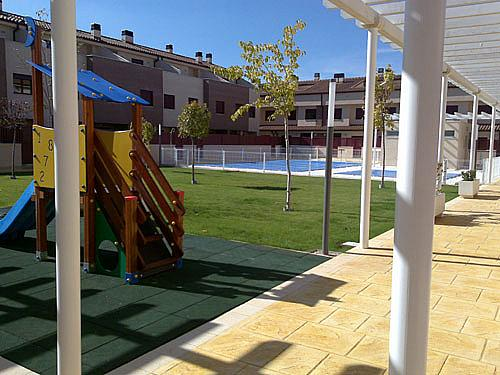 Dúplex en alquiler en calle Alcalde Jose Maria Blanc, Universidad en Albacete - 352185966