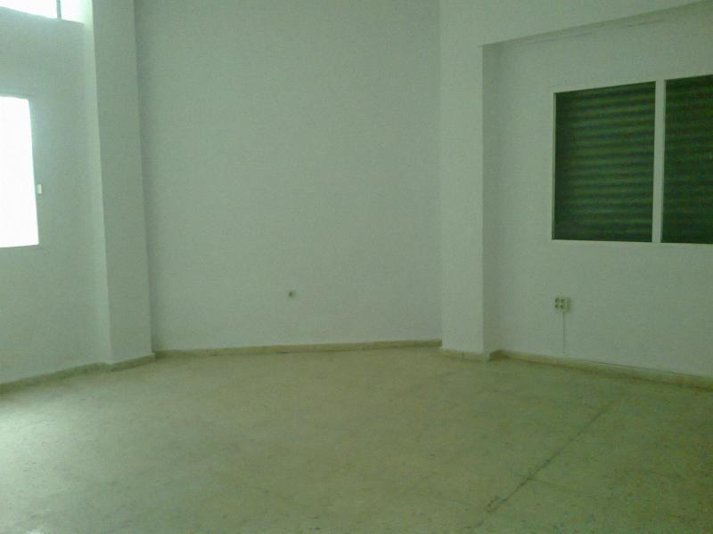 Local comercial en alquiler en calle Martínez Molina, Sagrario en Jaén - 57320491
