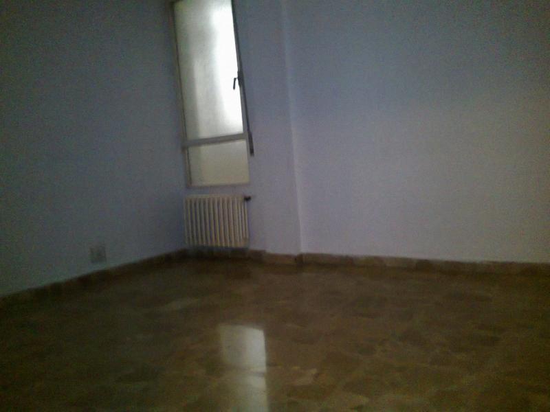 Dormitorio - Piso en alquiler en plaza Constitución, Jaén - 114340769