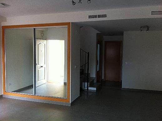 Casa adosada en alquiler en calle Omet, Picassent - 297578593