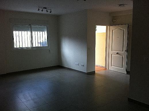 Casa adosada en alquiler en calle Omet, Picassent - 297578598