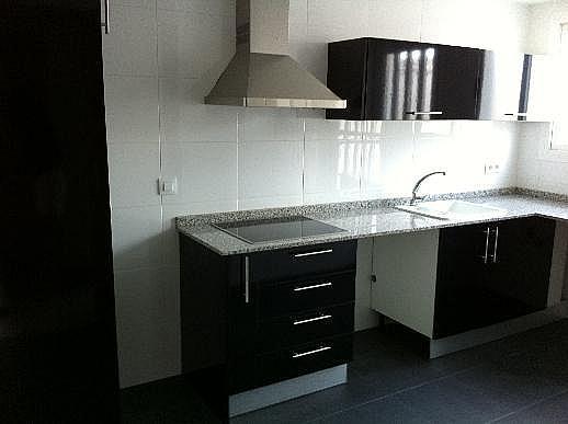 Casa adosada en alquiler en calle Omet, Picassent - 297578604
