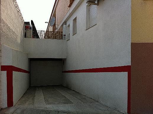 Casa adosada en alquiler en calle Omet, Picassent - 297578638