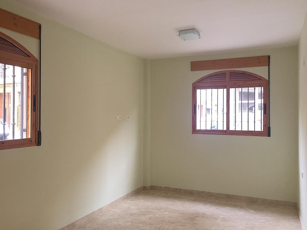 Piso en alquiler en calle Centrica, Benetússer - 323960512