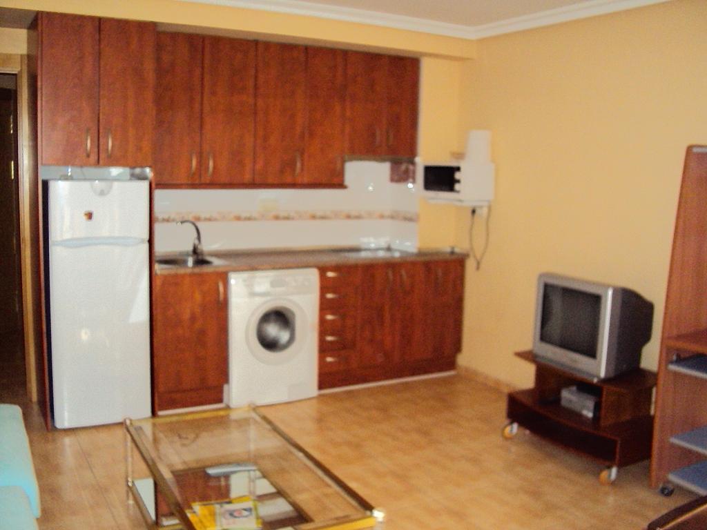 Apartamento en alquiler en calle Luis Rosales, Franciscanos en Albacete - 261509025