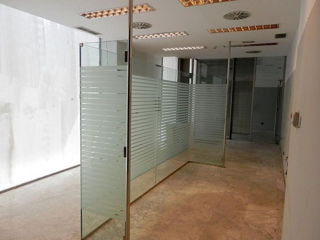 Local comercial en alquiler en calle Glorieta Puente de Segovia, Puerta del Ángel en Madrid - 359359623