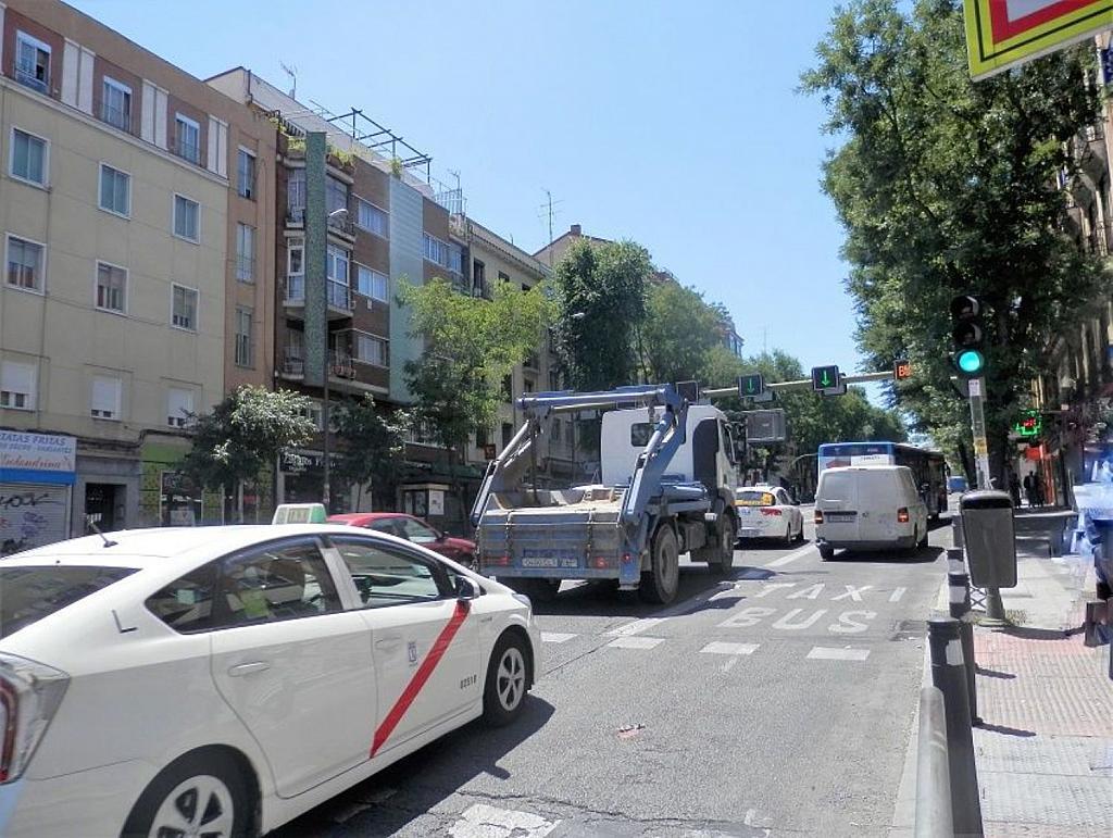 Local comercial en alquiler en calle Glorieta Puente de Segovia, Puerta del Ángel en Madrid - 359359665