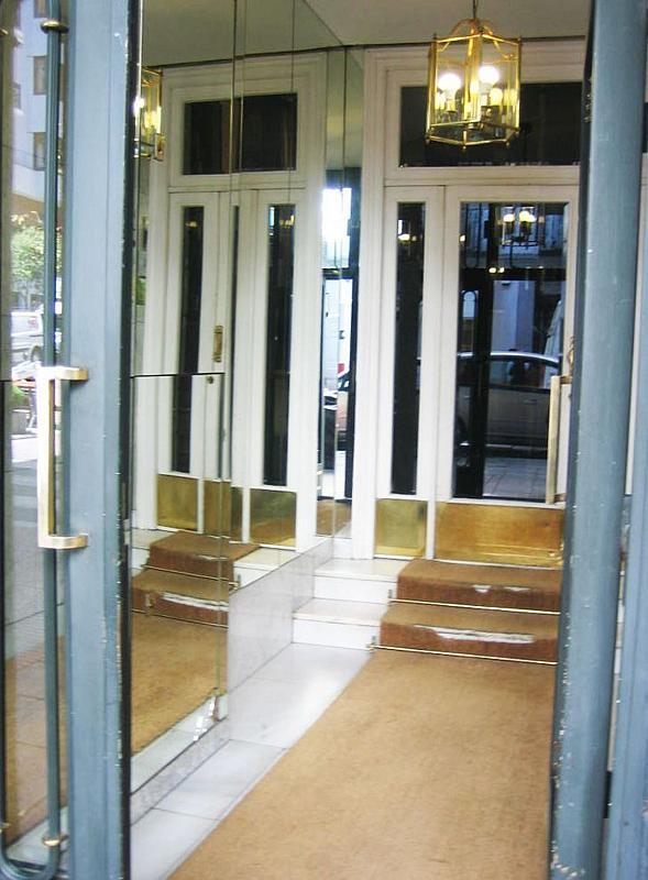 Local comercial en alquiler en calle De Ayala, Recoletos en Madrid - 361475683