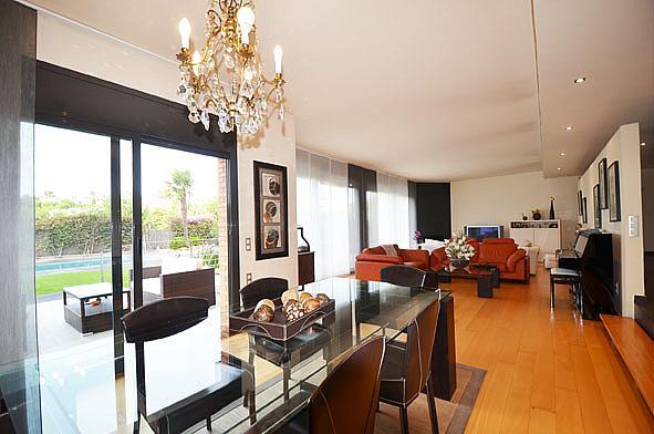 Casa pareada en alquiler en Alella - 328543211