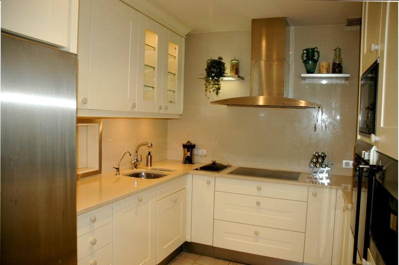Cocina - Casa en alquiler en Mataró - 48842676