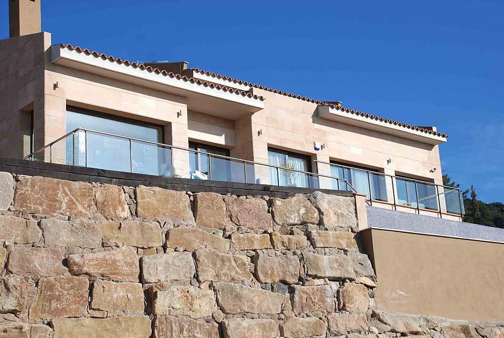 Fachada - Casa en alquiler en Cabrils - 124125728
