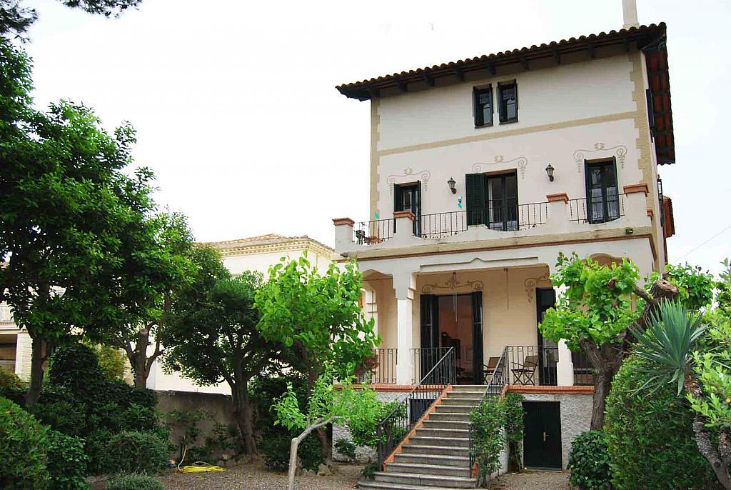 Fachada - Casa en alquiler en Tiana - 142631370