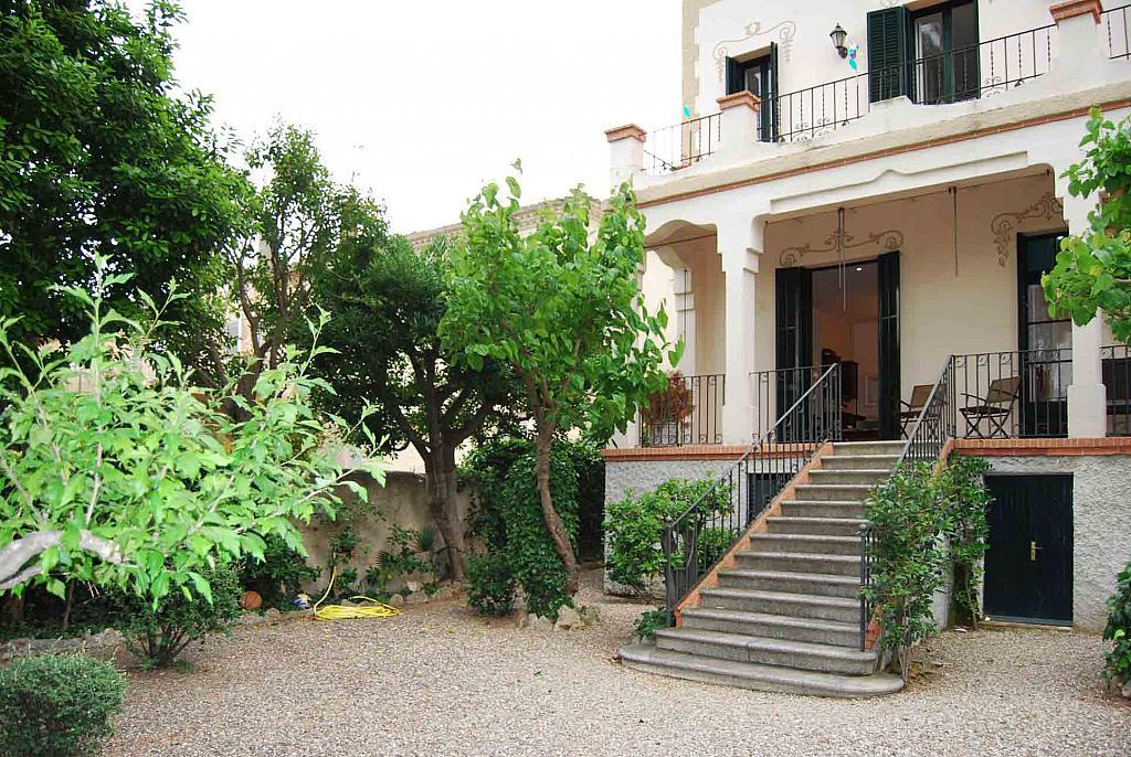 Fachada - Casa en alquiler en Tiana - 142631377
