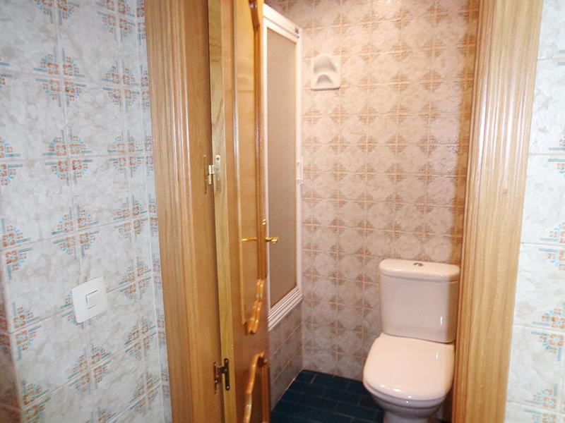 Baño - Estudio en alquiler en calle Sacedón, Villaviciosa de Odón - 119755165