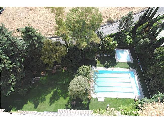 Piso en alquiler en calle Julio Palacios, La Paz en Madrid - 316067600