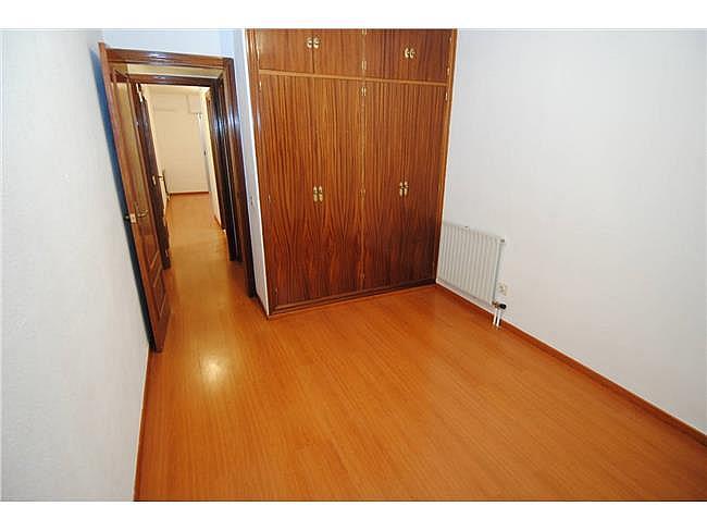 Piso en alquiler en calle Aldonza Lorenzo, Fuencarral-el pardo en Madrid - 320856355