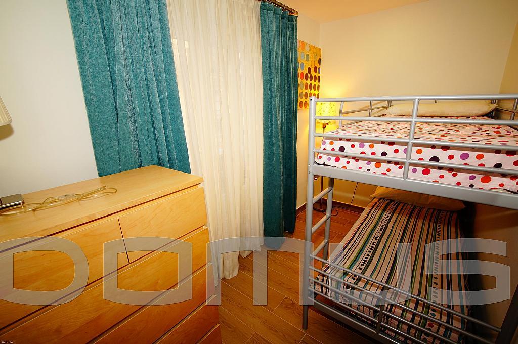 Dormitorio - Piso en alquiler en Born-Santa Caterina-Sant Pere-La Ribera en Barcelona - 327367453