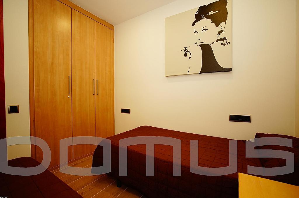 Dormitorio - Piso en alquiler en Born-Santa Caterina-Sant Pere-La Ribera en Barcelona - 327367455