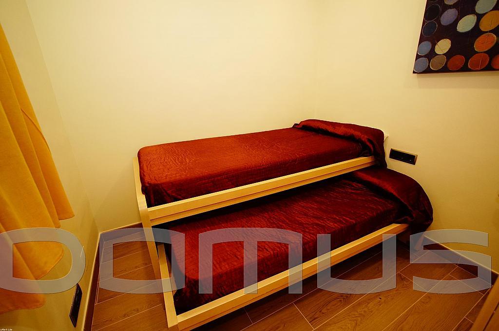 Dormitorio - Piso en alquiler en Born-Santa Caterina-Sant Pere-La Ribera en Barcelona - 327367460