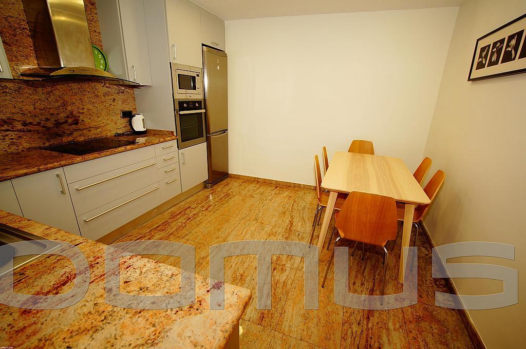 Cocina - Piso en alquiler en Born-Santa Caterina-Sant Pere-La Ribera en Barcelona - 327367465