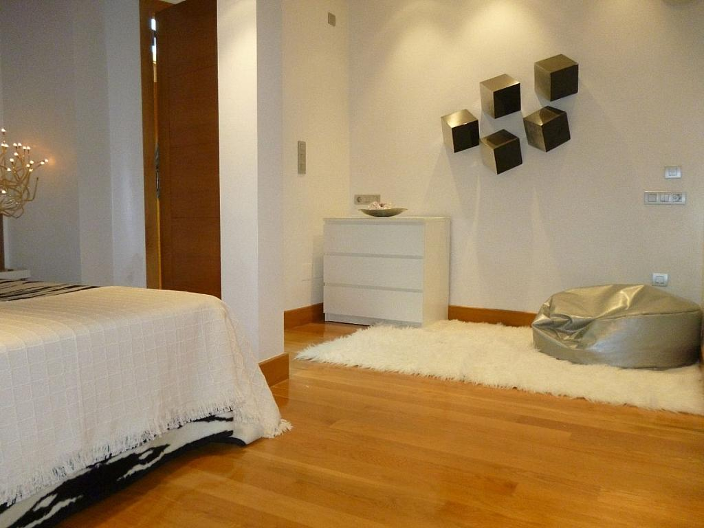 Ático en alquiler en Santiago de Compostela - 324803540