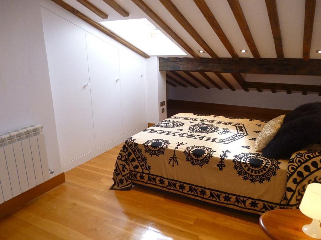 Ático en alquiler en Santiago de Compostela - 324803561