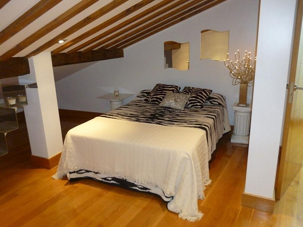Ático en alquiler en Santiago de Compostela - 324803567