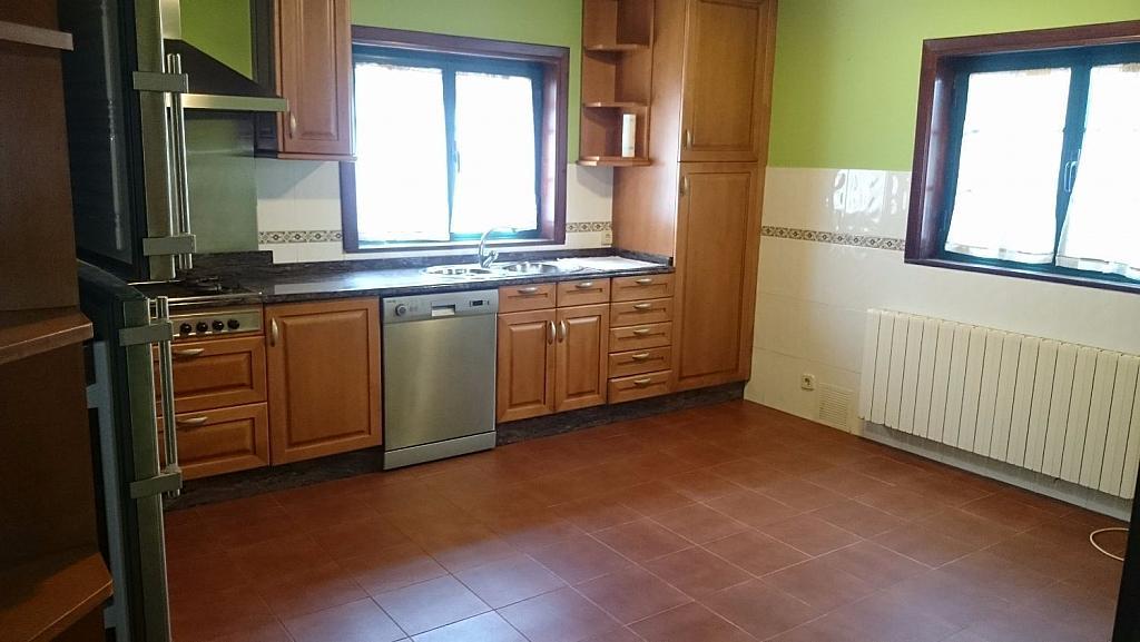 Casa en alquiler en Ames - 355338359