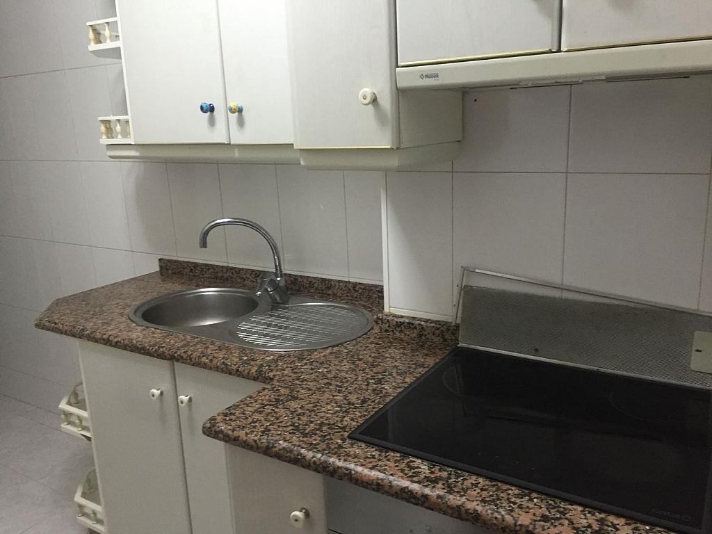 Piso en alquiler en Santiago de Compostela - 355334420
