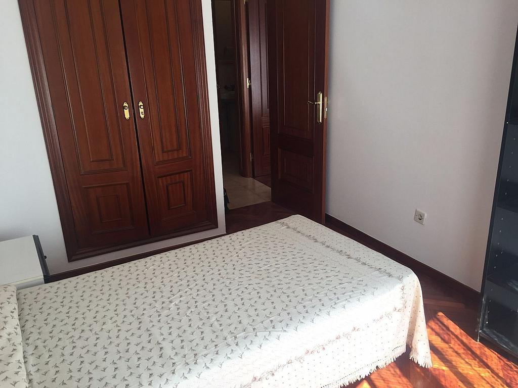 Piso en alquiler en Santiago de Compostela - 324820349