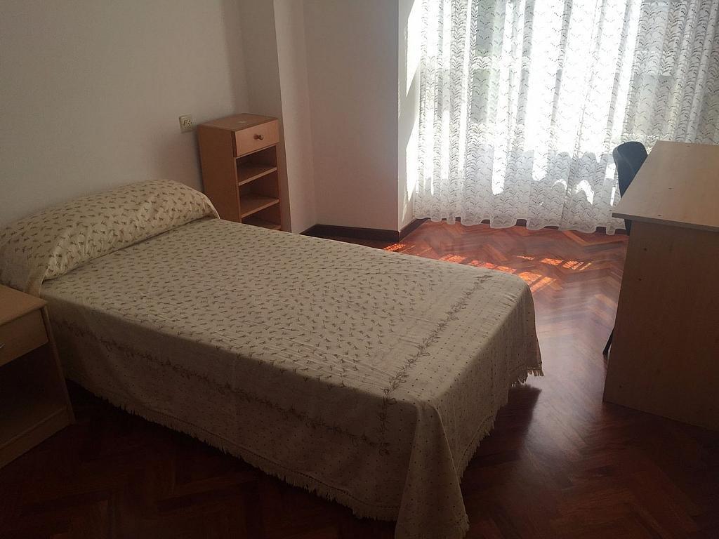 Piso en alquiler en Santiago de Compostela - 324820370