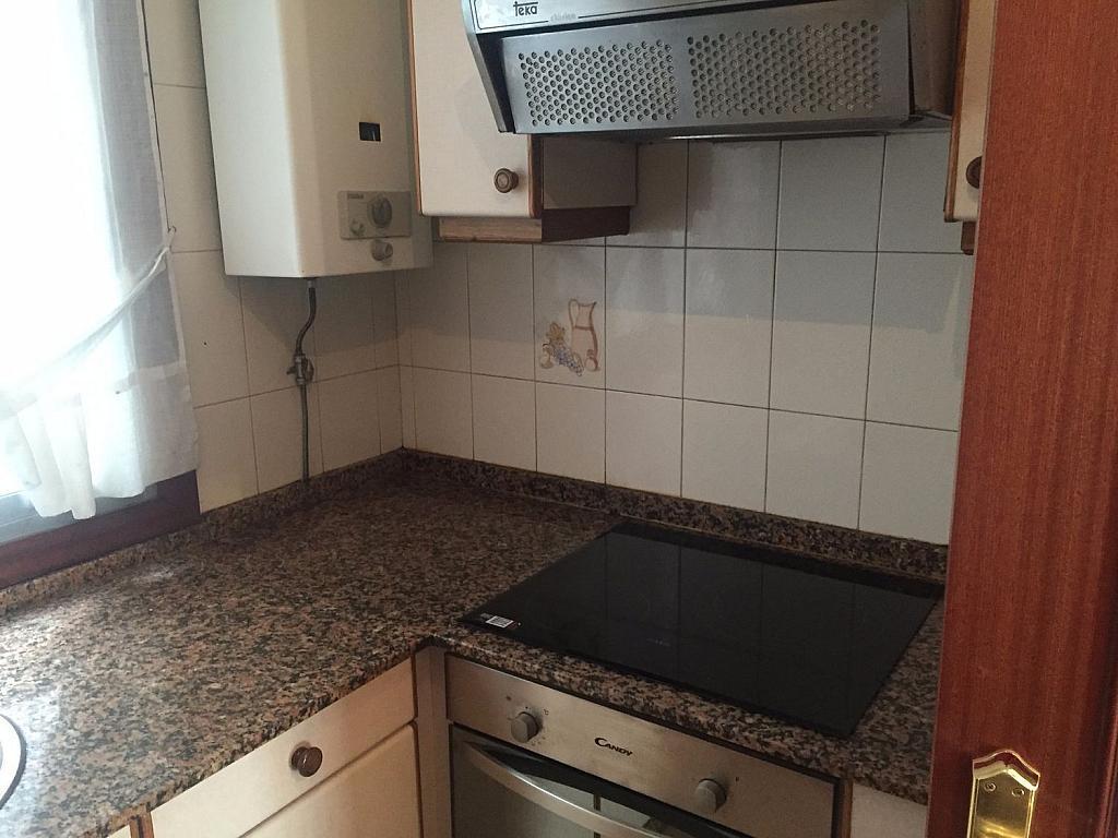 Piso en alquiler en Santiago de Compostela - 324820394