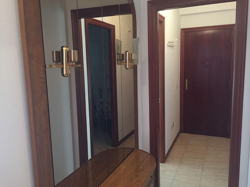 Piso en alquiler en Santiago de Compostela - 324820400