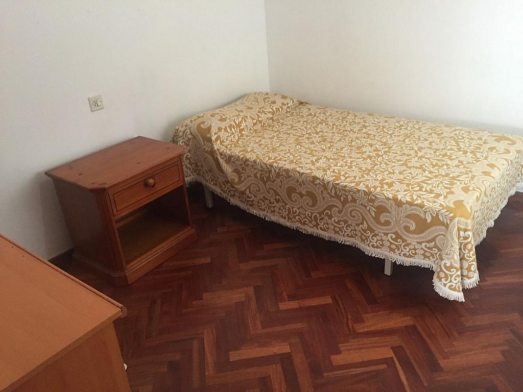 Piso en alquiler en Santiago de Compostela - 355336136