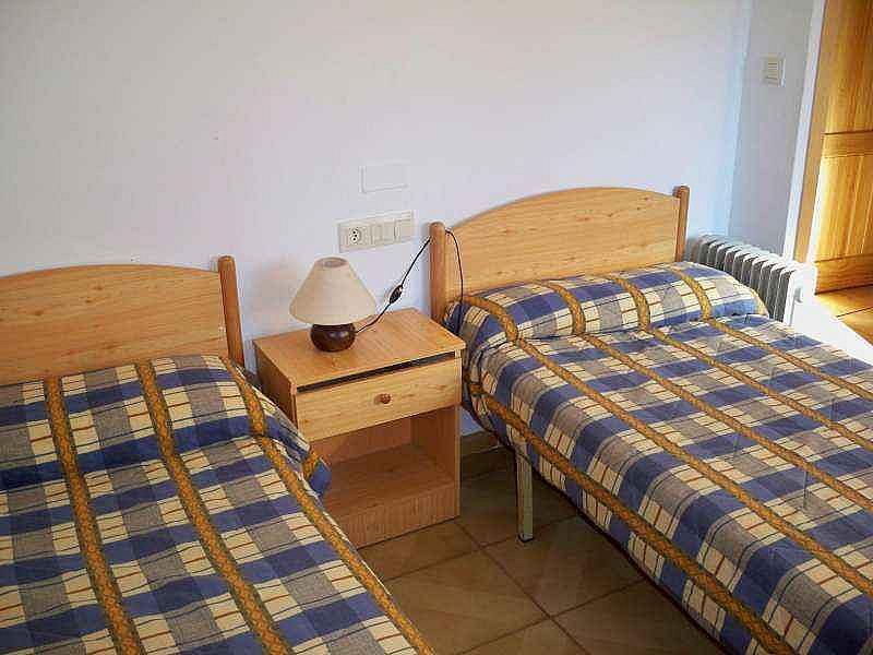 Dormitorio - Piso en alquiler de temporada en calle Virgen de la Vega, Alcalá de la Selva - 124623164