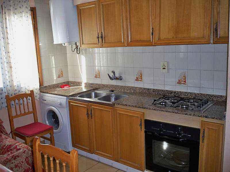 Cocina - Piso en alquiler de temporada en calle Virgen de la Vega, Alcalá de la Selva - 124623175