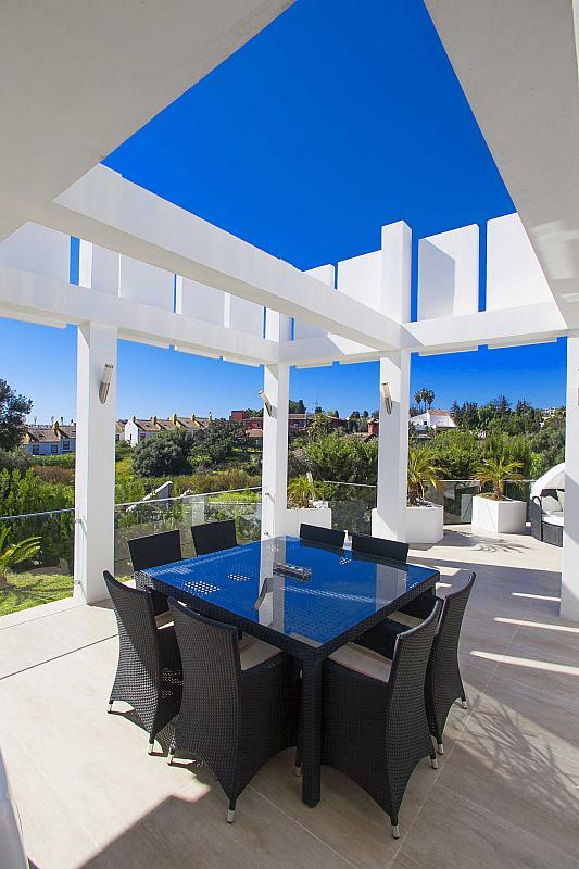 Villa en alquiler de temporada en calle Hungria, Casco Antiguo en Marbella - 254417153