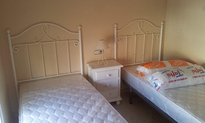 Casa pareada en alquiler de temporada en Urbanizaciones en Marbella - 210303903