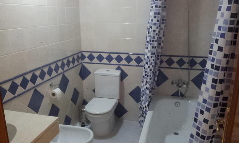 Casa pareada en alquiler de temporada en Urbanizaciones en Marbella - 210303915