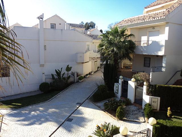 Casa pareada en alquiler de temporada en Urbanizaciones en Marbella - 210303933