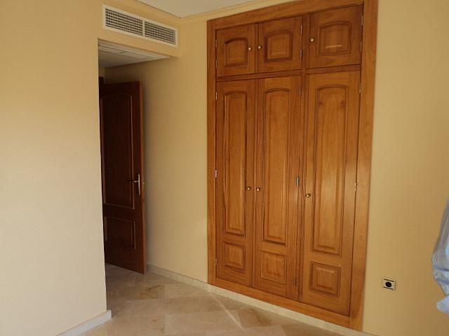 Casa pareada en alquiler de temporada en Urbanizaciones en Marbella - 210303936