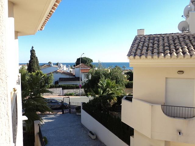Casa pareada en alquiler de temporada en Urbanizaciones en Marbella - 210303942