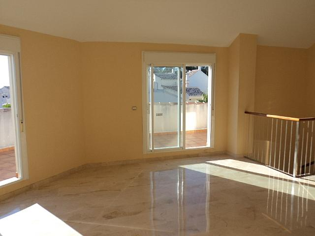 Casa pareada en alquiler de temporada en Urbanizaciones en Marbella - 210303951