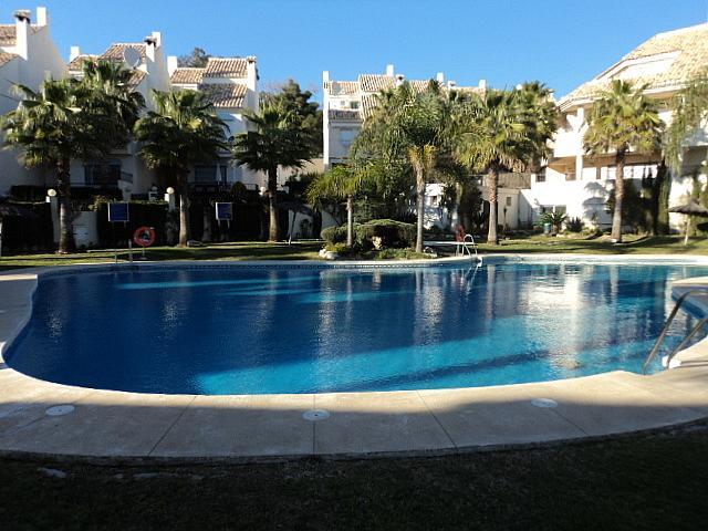 Casa pareada en alquiler de temporada en Urbanizaciones en Marbella - 210303966