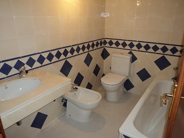 Casa pareada en alquiler de temporada en Urbanizaciones en Marbella - 210303981