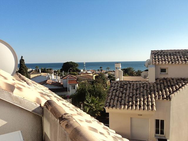 Casa pareada en alquiler de temporada en Urbanizaciones en Marbella - 210303987