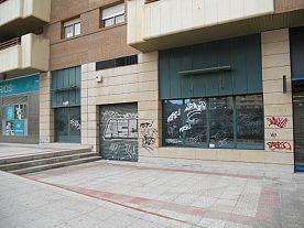 Fachada - Local en alquiler en calle Duquesa Villahermosa, Miralbueno – Bombarda en Zaragoza - 121093098